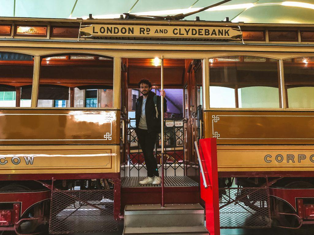 Dentro del Museo Riverside Museum